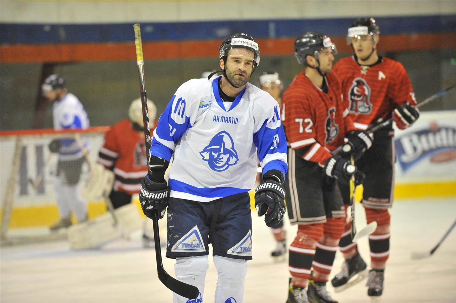 Kariéru naštartoval draftom do NHL a českou extraligou, domov sa vrátil po 6 rokoch